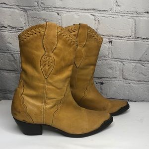 Durango Tan Cowboy Boots - size 8
